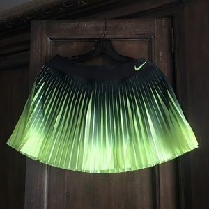 Court Victory Dri-FIT Pleated Tennis Skirt